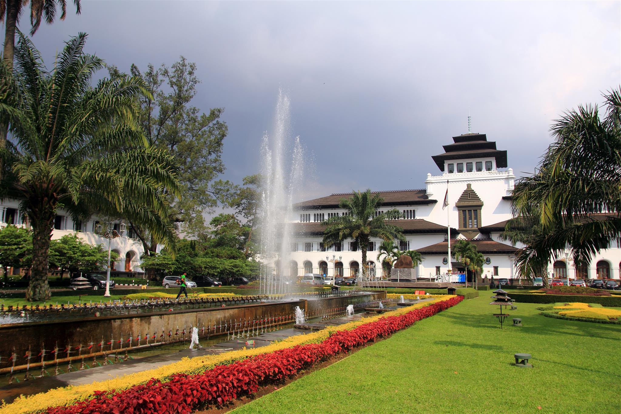 De Firen Villa Syariah, Bandung