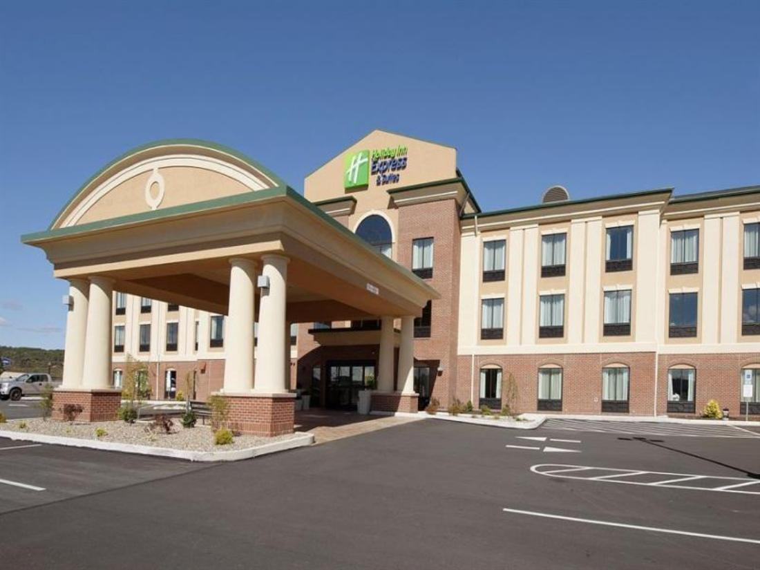 Clearfield (PA) United States  city pictures gallery : ... Inn Express Hotel & Suites Clearfield in Clearfield PA Reviews