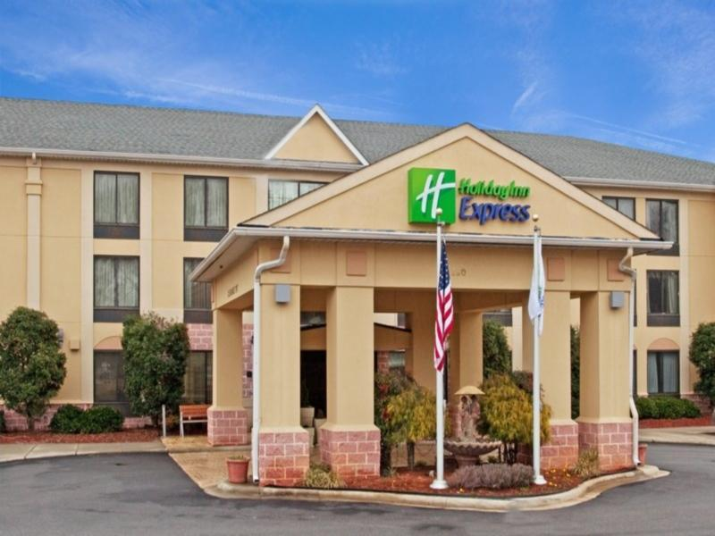 Holiday Inn Express Hotel & Suites Charlotte Airport-Belmont, Gaston
