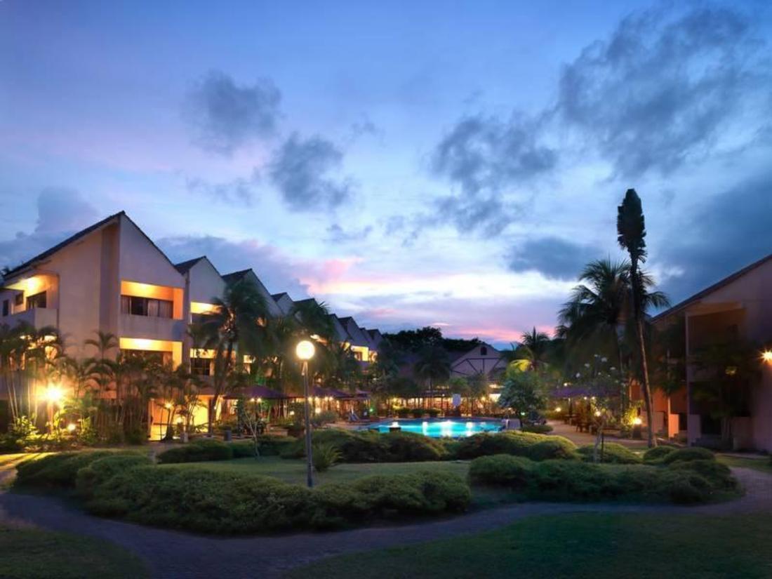 Holiday Villa Beach Resort & Spa Cherating Cherating