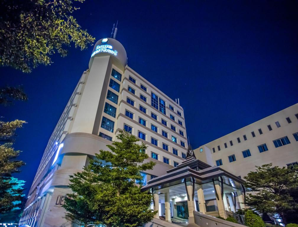 クルンシリ リバー ホテル1