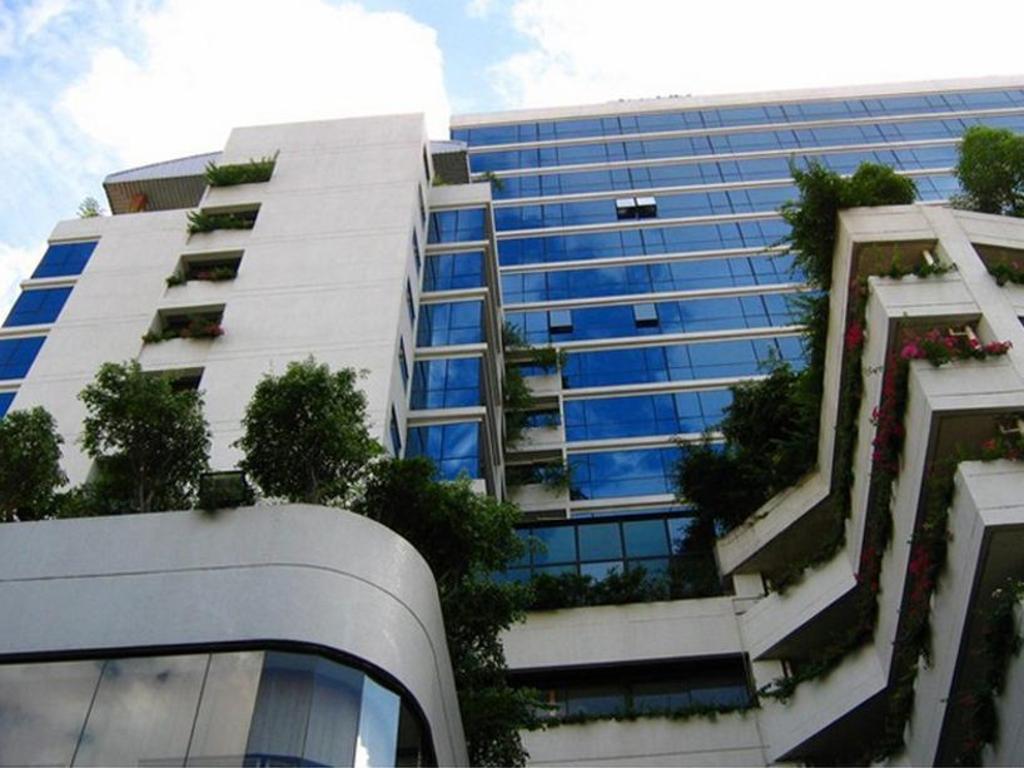 フォーウィングス ホテル1