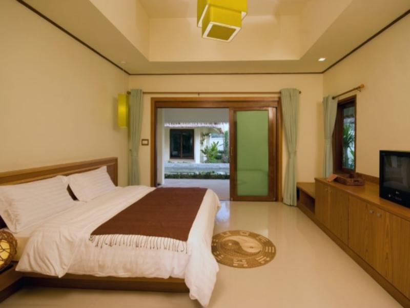 Nantra de Deluxe Hotel, Nua Khlong