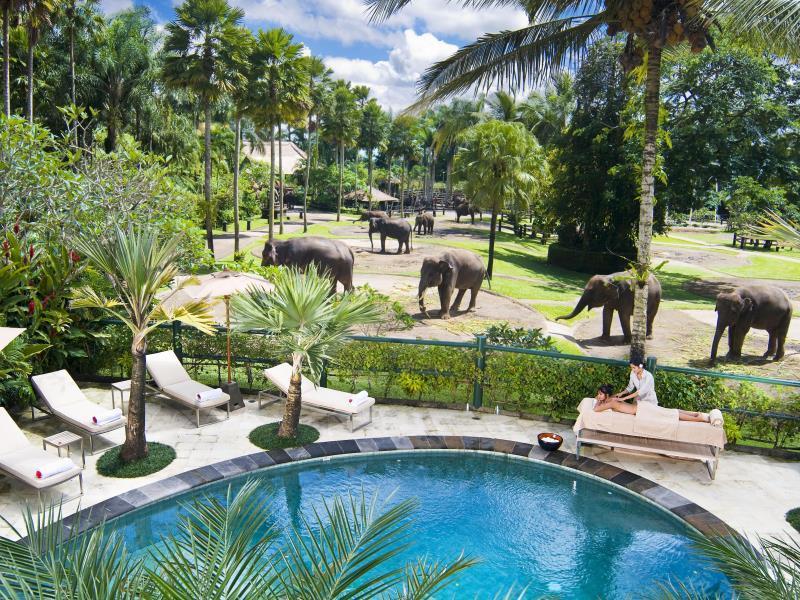 http://pix6.agoda.net/hotelImages/108/108438/108438_14022414400018437911.jpg
