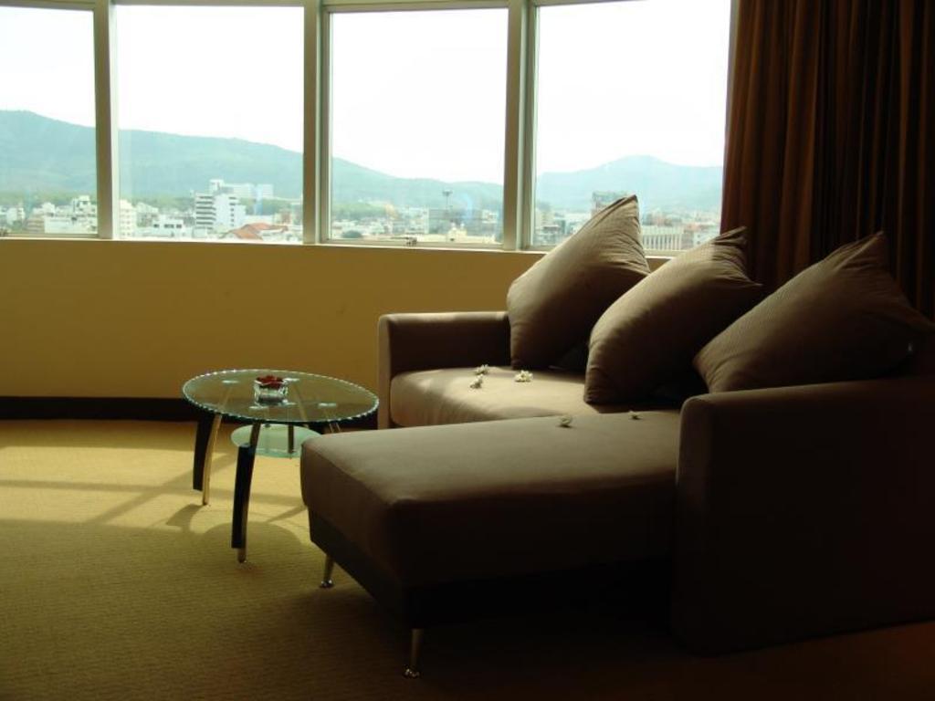 ニューシーズン ホテル4