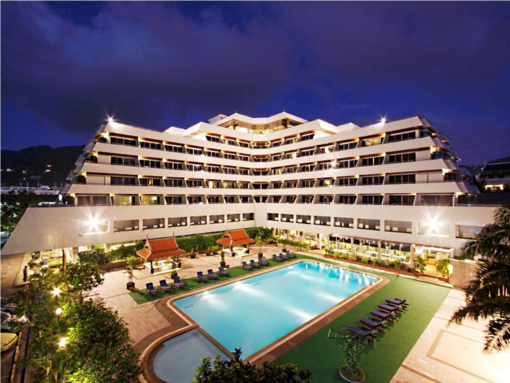 Patong Resort Hotel1
