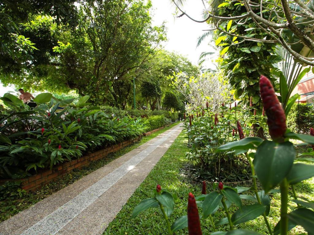 Patong Resort Hotel19
