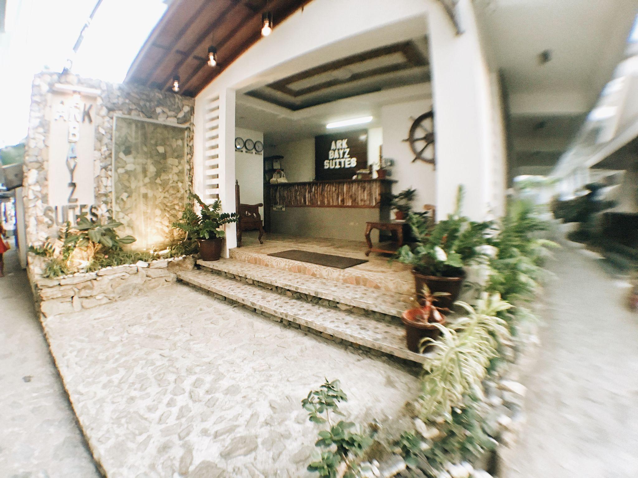 Ark Bayz Suites, Puerto Galera