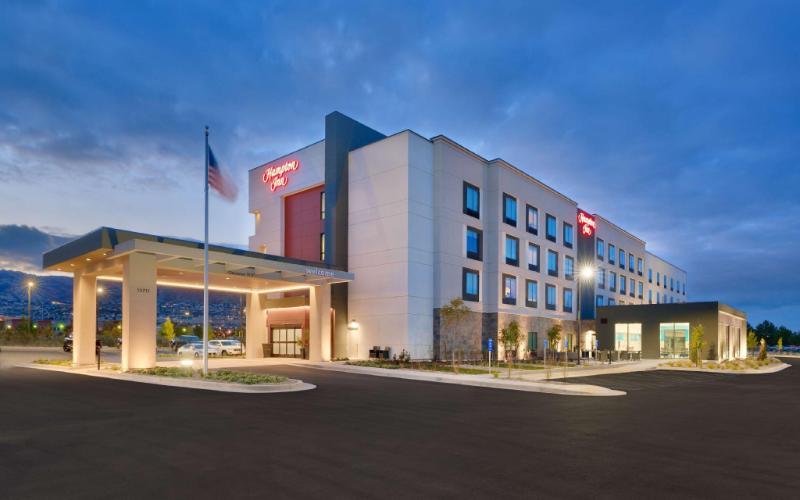 鹽湖城德雷珀歡朋飯店