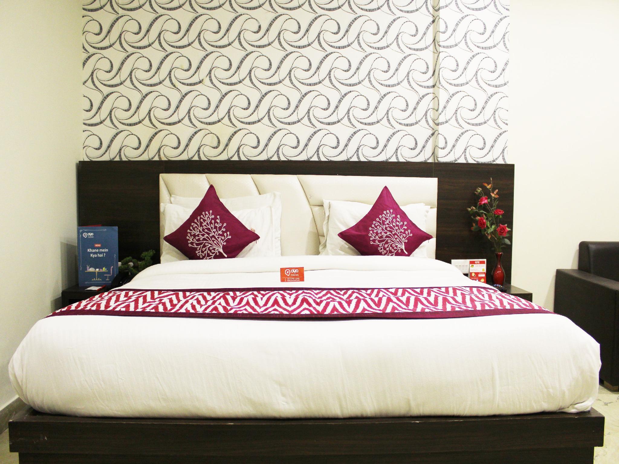 Oyo Rooms Yamuna Kinara Road, Firozabad