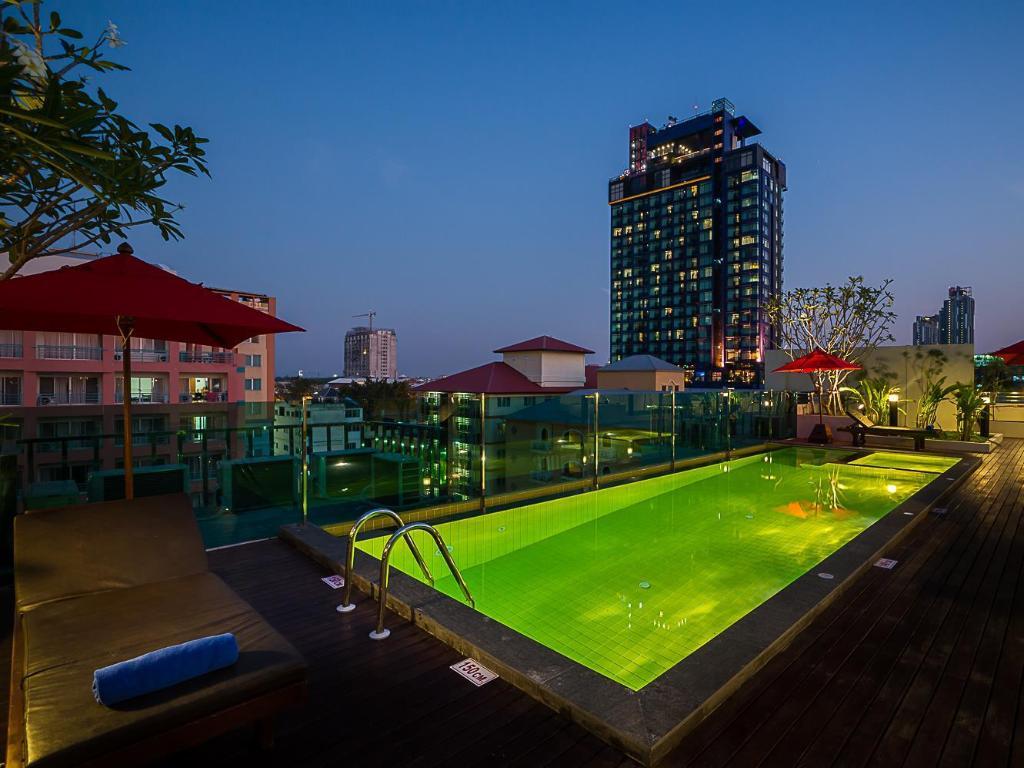 Sunshine hip hotel for Hippest hotels