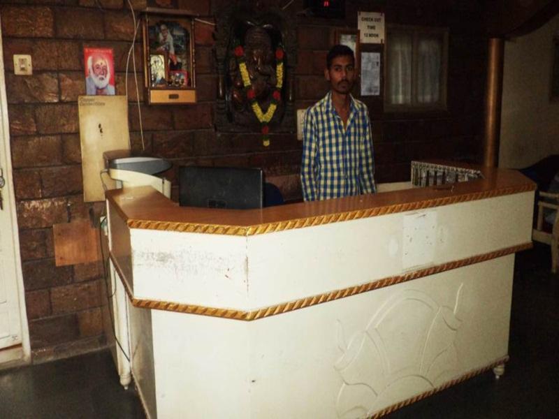 Hotel Ashopalav, Bhavnagar