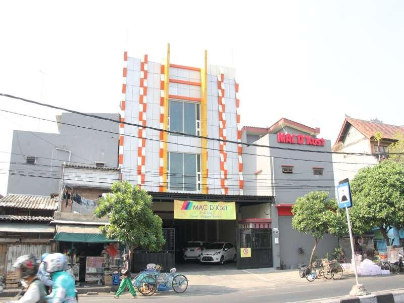 Mac Dkost Hotel, Surabaya