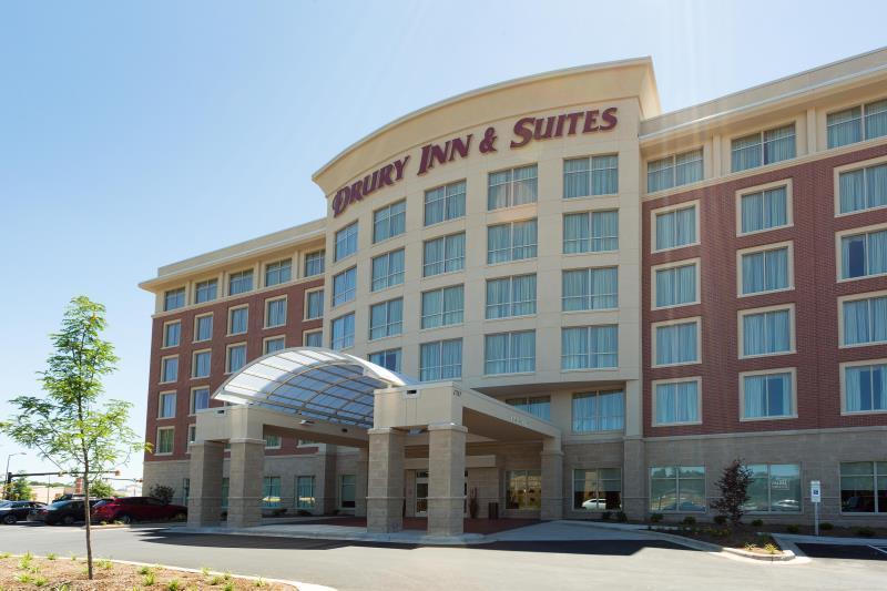 Drury Inn & Suites Burlington, Alamance