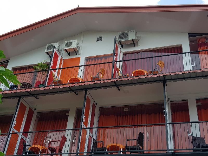 坦比利島飯店@斯塔布斯