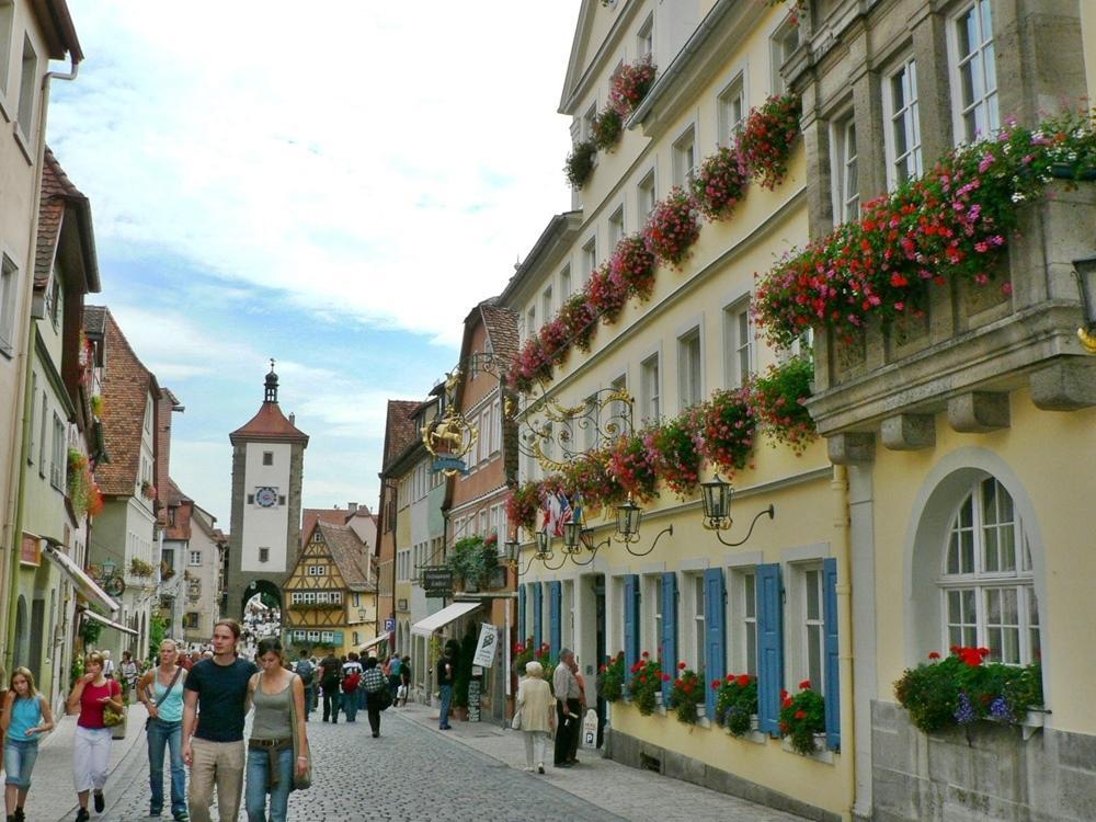 Historik Hotel Goldener Hirsch Rothenburg, Ansbach