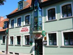 Hotel Bacchus Panzio, Eger
