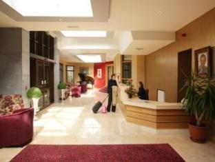 Twin Trees Hotel & Leisure Club