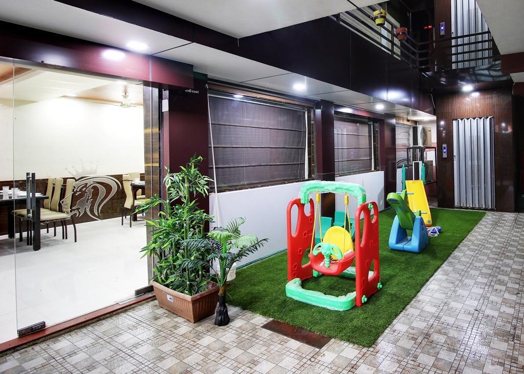Daksh Hotel & Restaurant, Gir Somnath