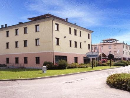 Hotel Tricolore