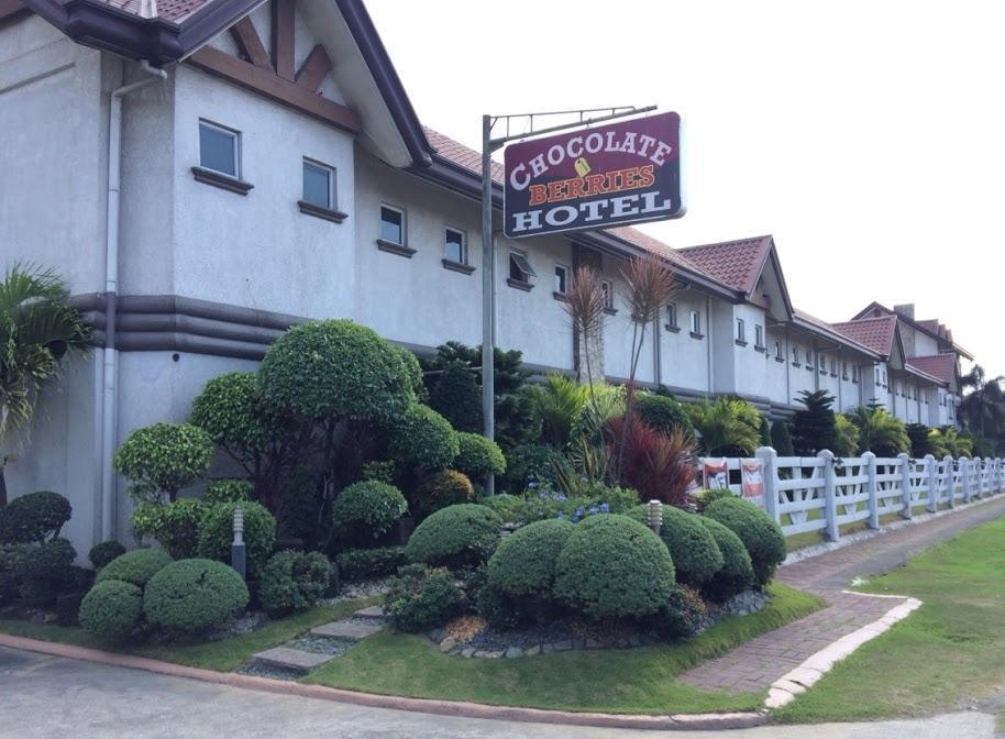 Chocolate and Berries Hotel, Baliuag
