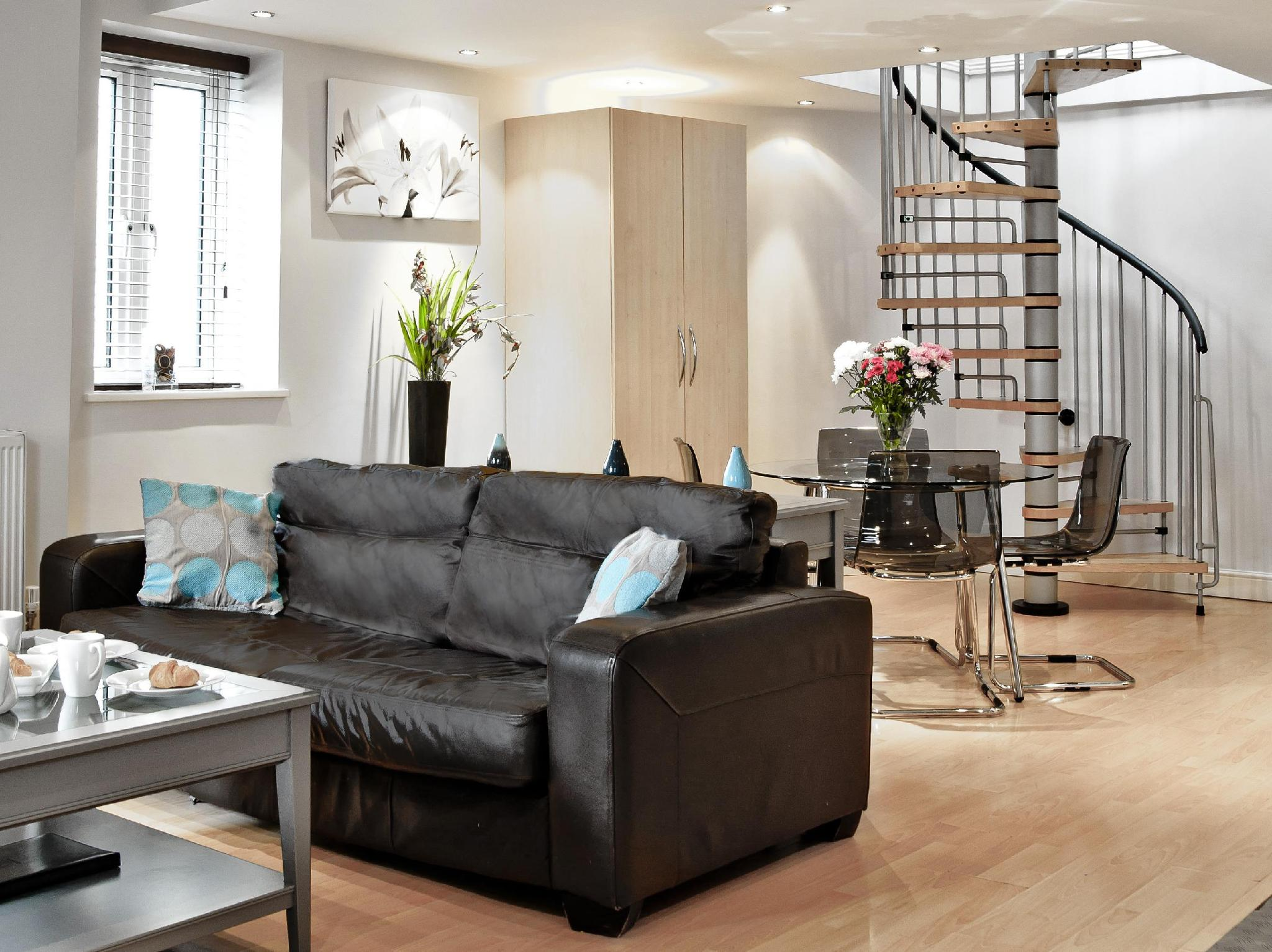 CityQuarters at Shaftesbury House Serviced Apartme