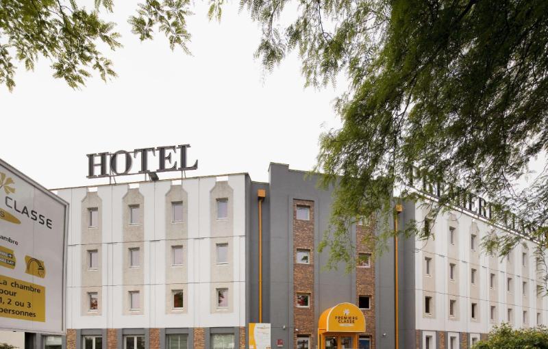 巴黎羅尼叢林星級飯店