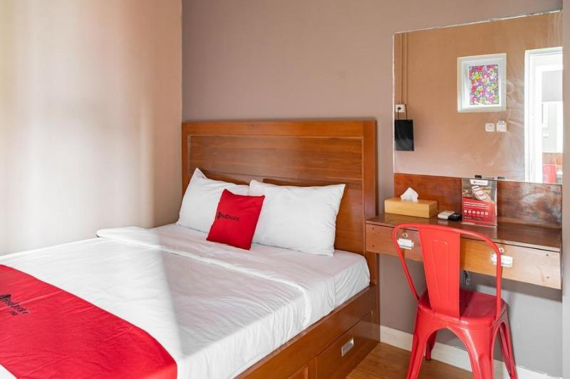 紅多茲青年旅館-近格洛多克LTC