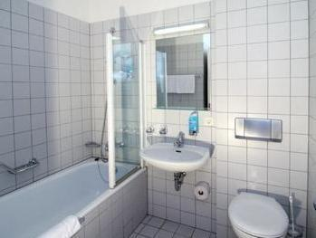 Hoteltow, Potsdam-Mittelmark