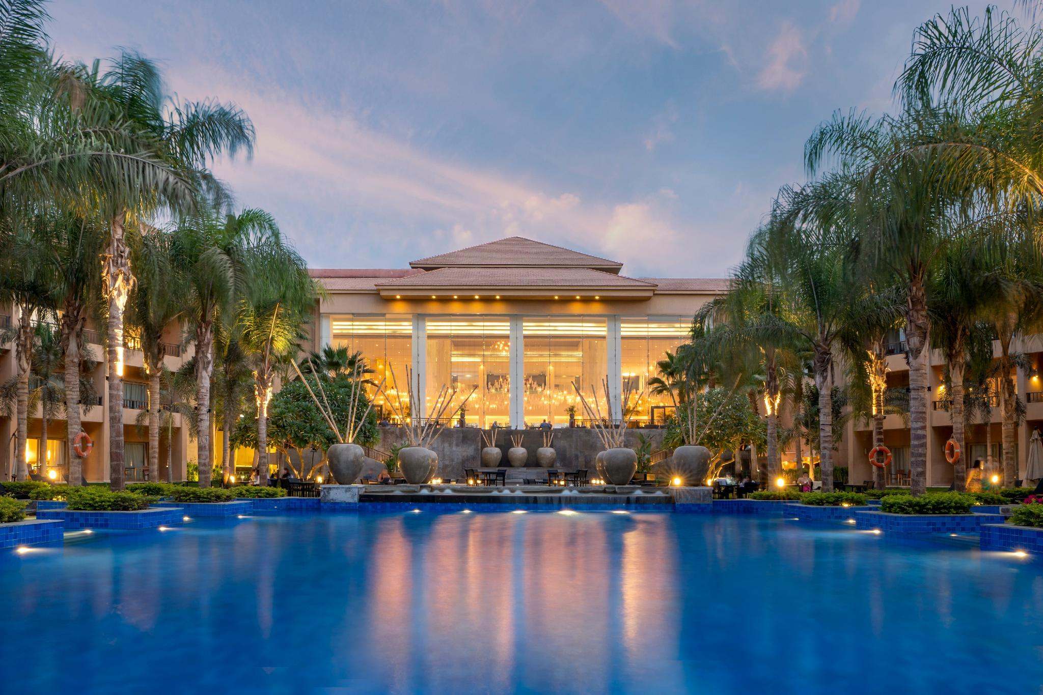 Dusit Thani LakeView Cairo, New Cairo 1