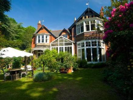 Heatherbank B&B, Surrey