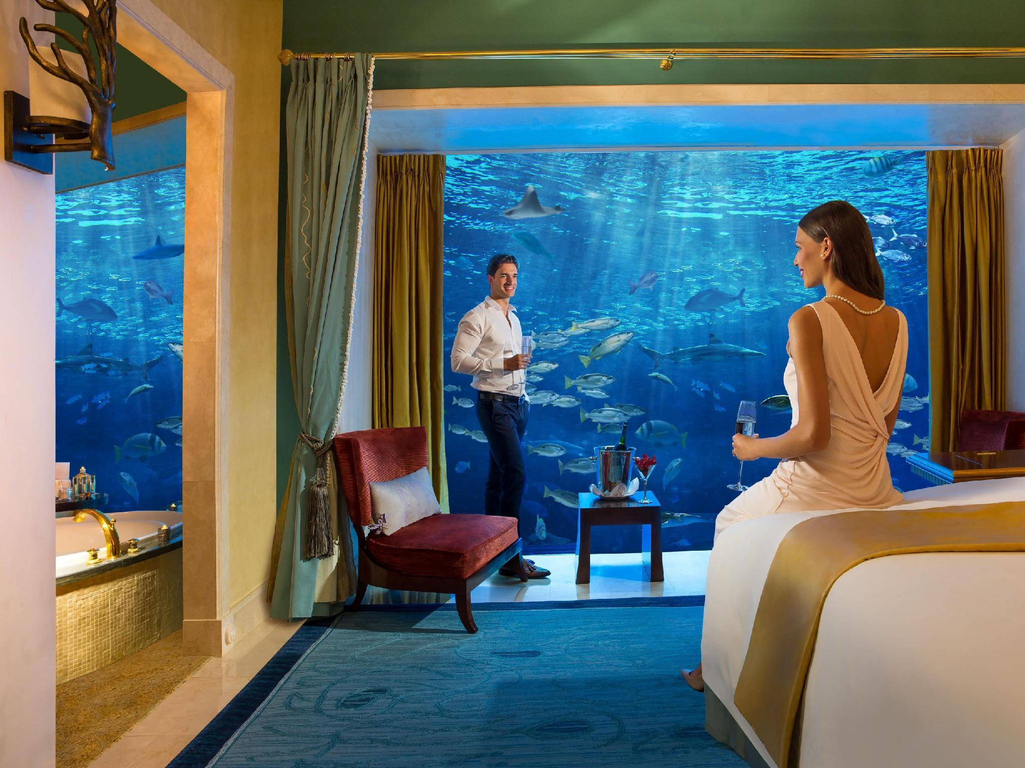 http://pix6.agoda.net/hotelImages/159/159472/159472_15111918420037879763.jpg