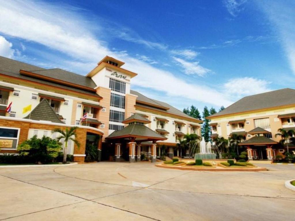サバイ ホテル6