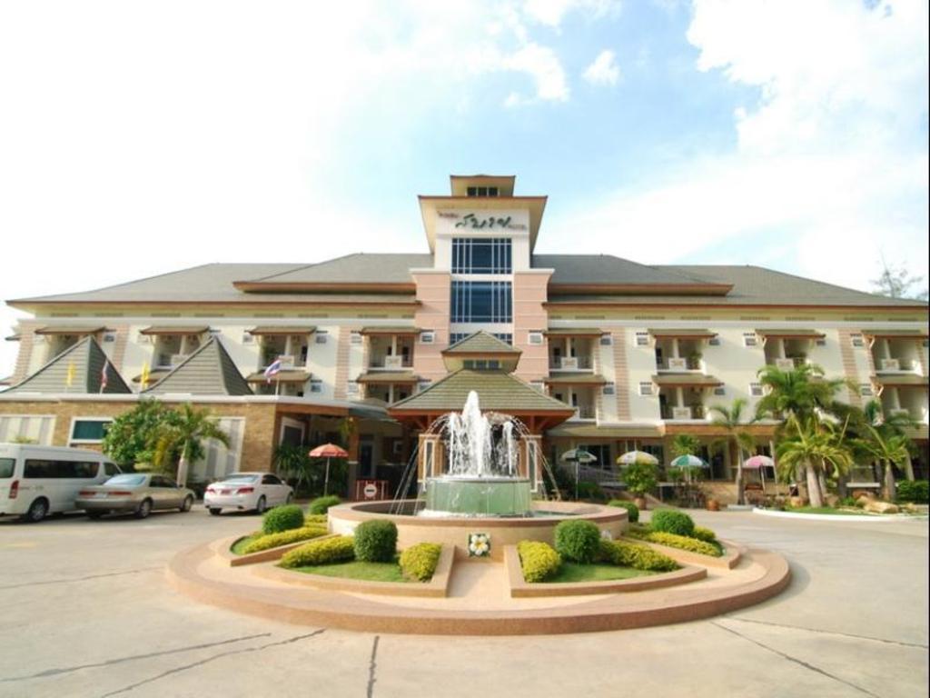 サバイ ホテル14