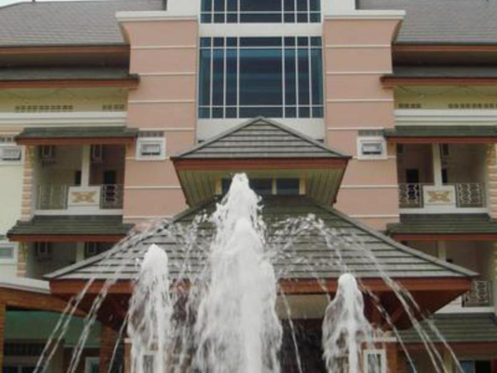 サバイ ホテル7