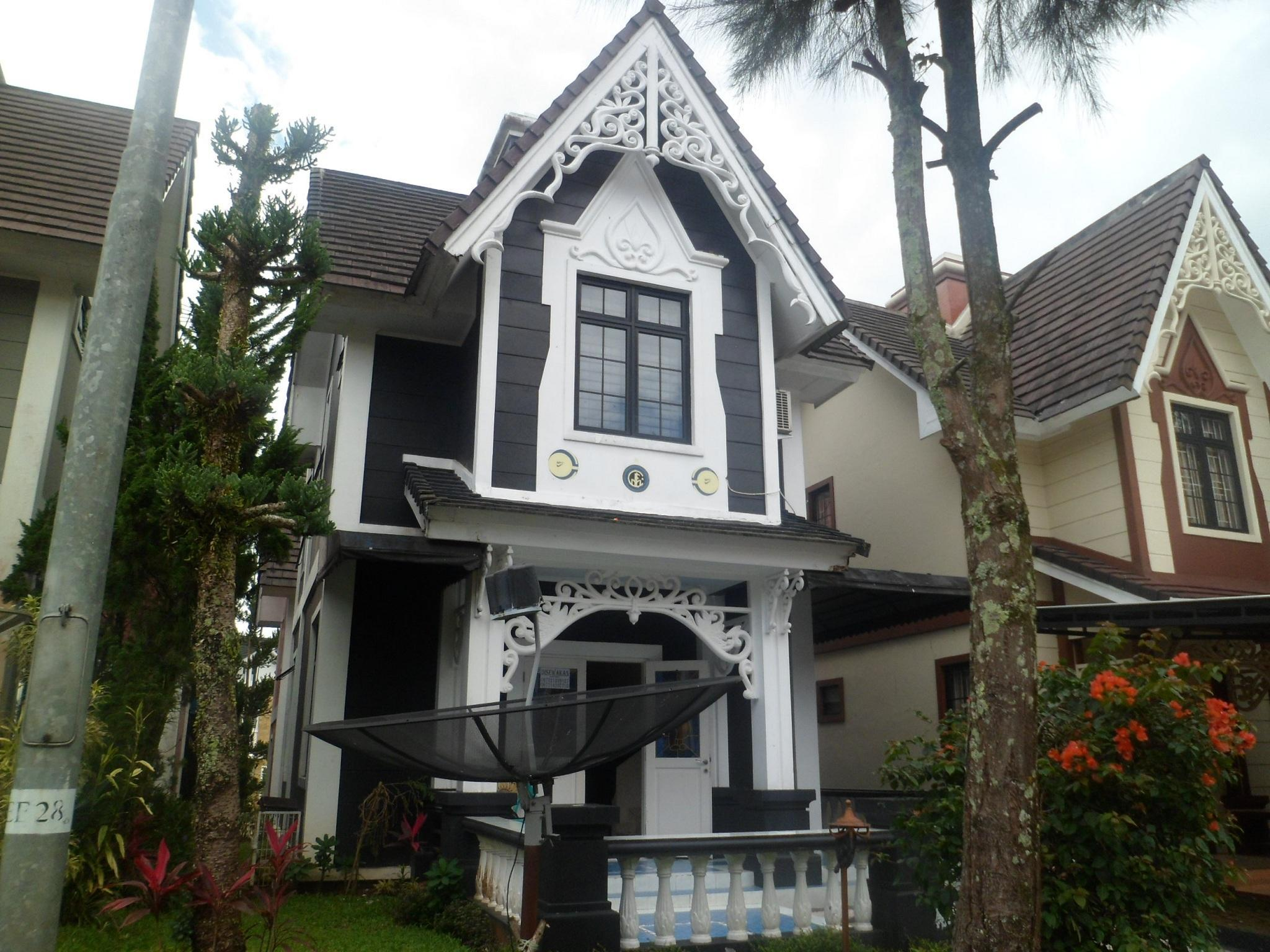Villa Kota Bunga Mawar, Cianjur