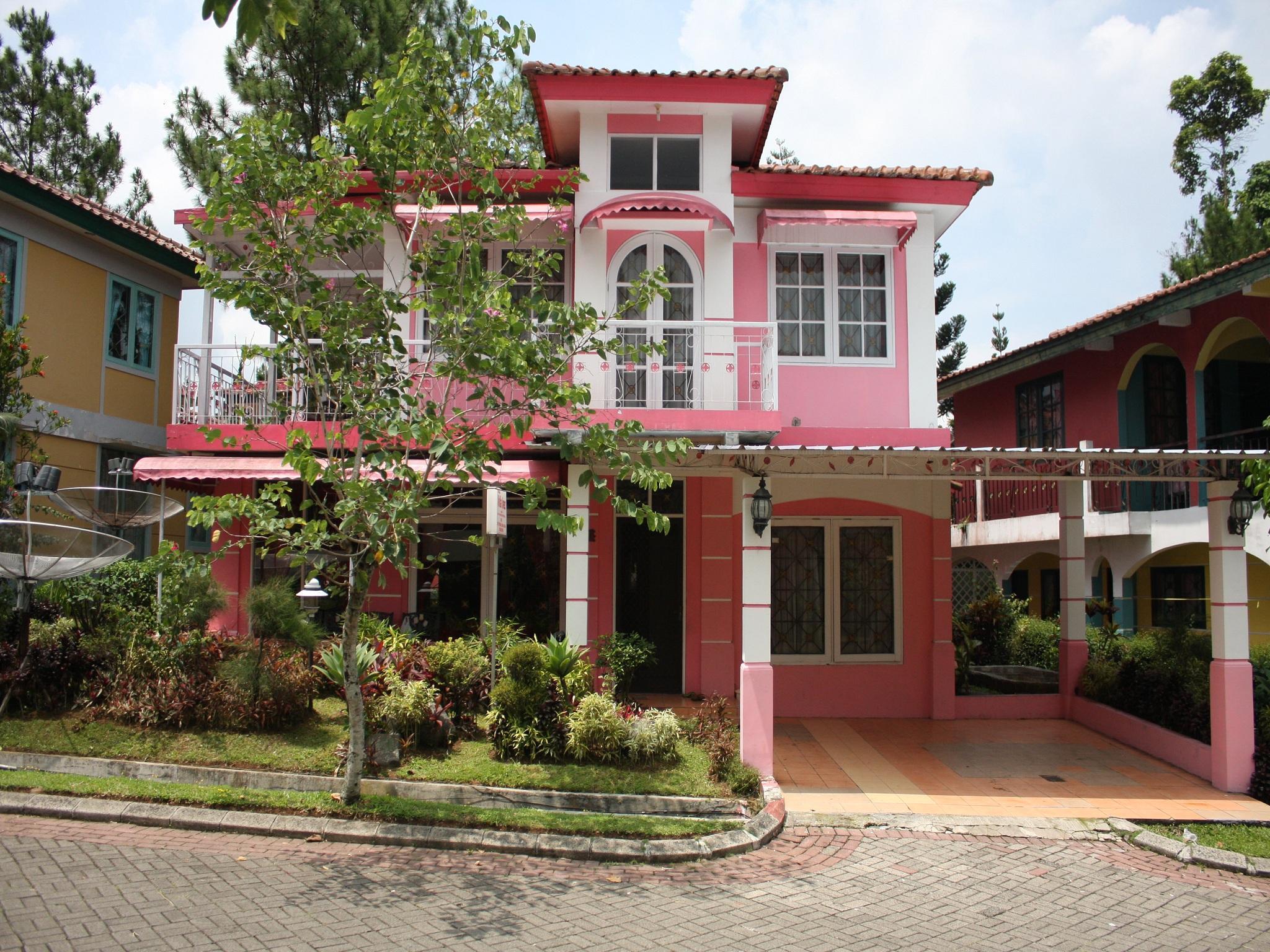 Villa Kota Bunga Sakura, Cianjur
