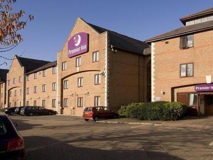 Premier Inn Guildford North (A3)