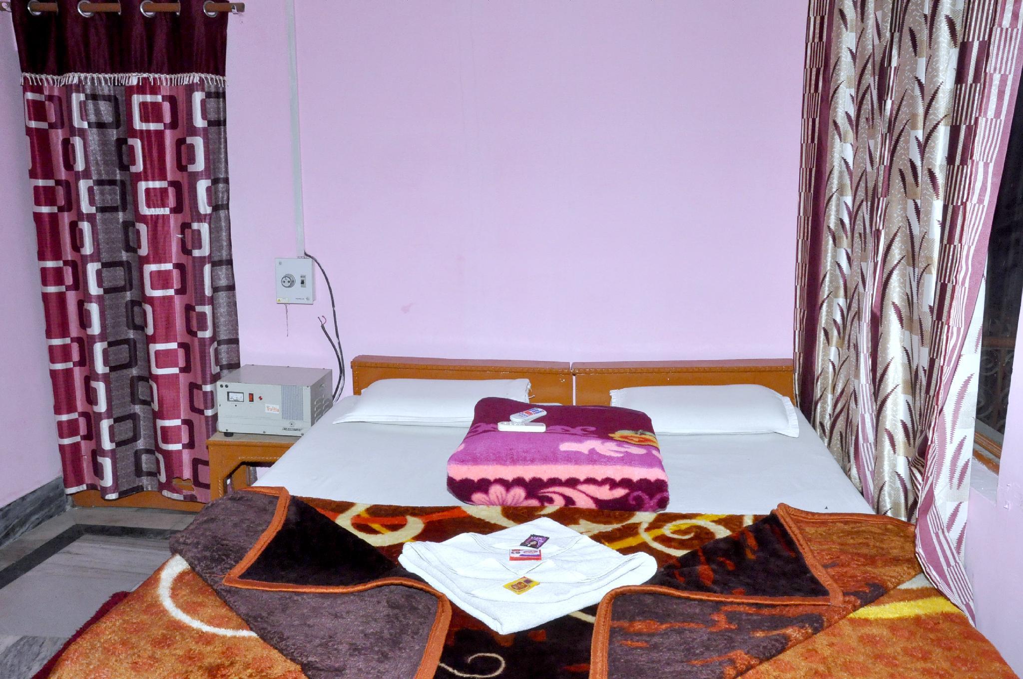Shri Mahant Guest House Orchha, Tikamgarh