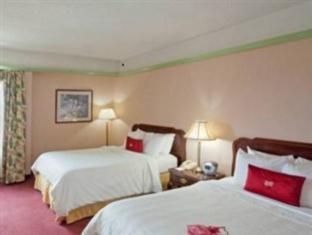 Berkshire Plaza Hotel, Berkshire