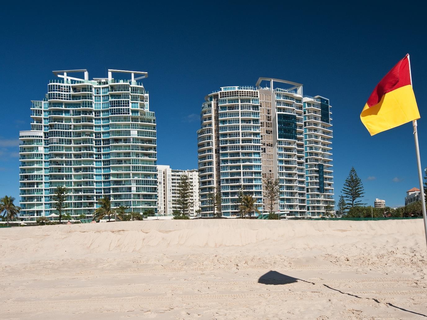Reflection On The Sea Apartments, Coolangatta
