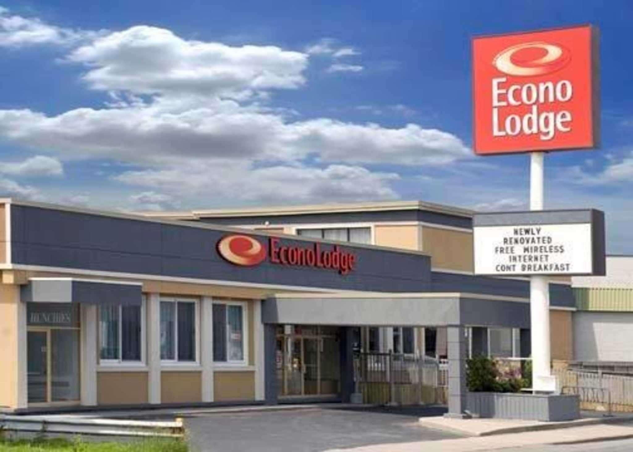 Econo Lodge City Centre, Frontenac