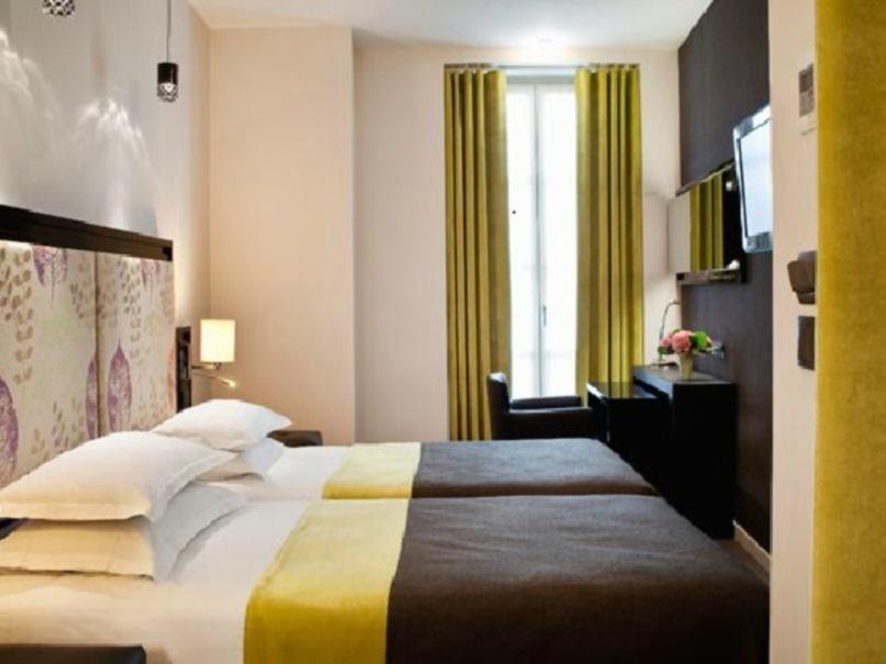 Hotel Caron Paris 4