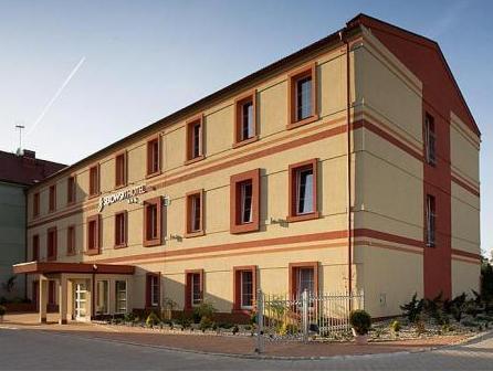 HOTEL SEKOWSKI *** i KREGIELNIA