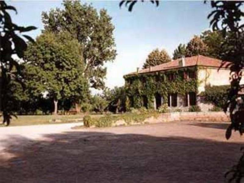 圣杰羅姆農場假日酒店
