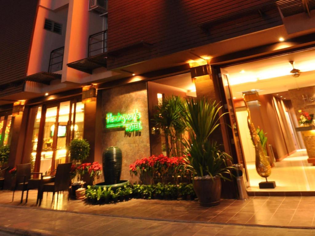 ヘミングウェイズ ホテル4