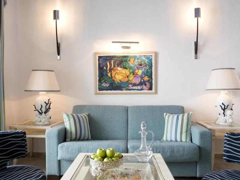 Arte And Mare Luxury Suites And Spa Hotel