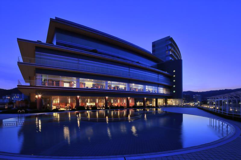 Biwako Hotel - Lakeside Hotspring Resort, Ōtsu