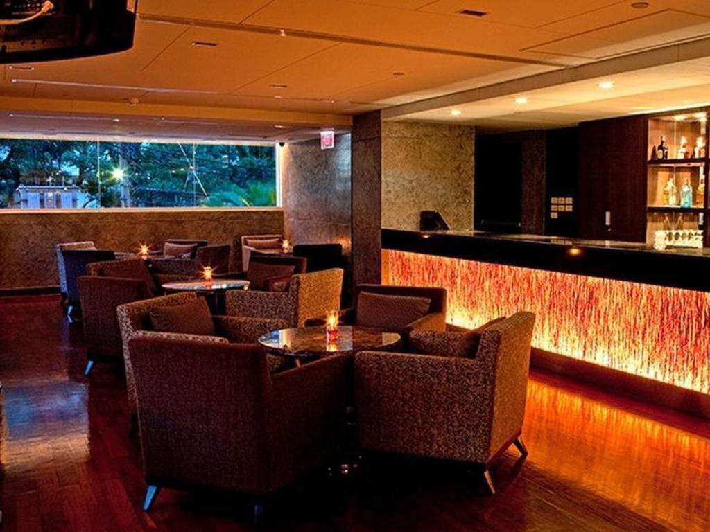 ラマダ ホテル & スイート11
