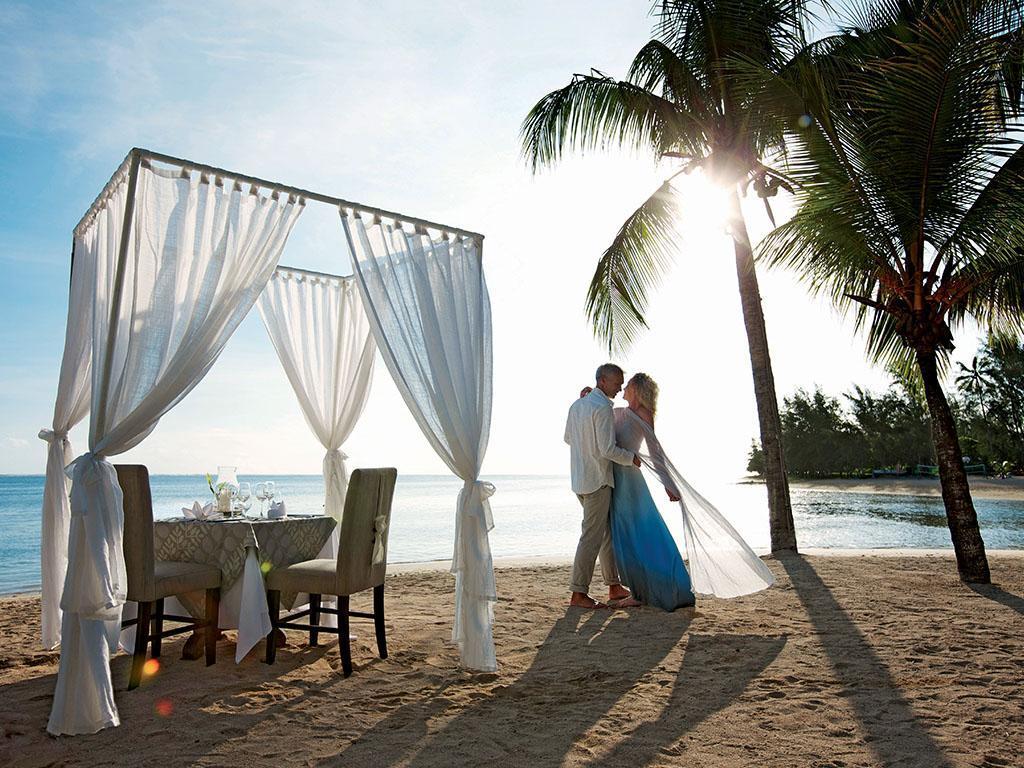 http://pix6.agoda.net/hotelImages/189/189742/189742_15081914530034608066.jpg